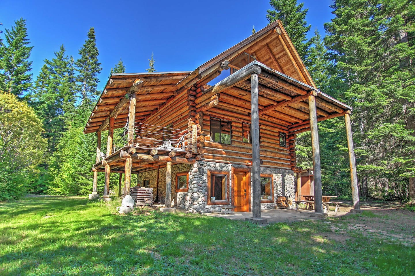 Experience the great northwest in this idyllic Easton vacation rental cabin!