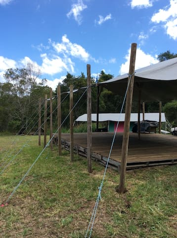 Glamping, bush setting, ocean view - Montville - Tenda