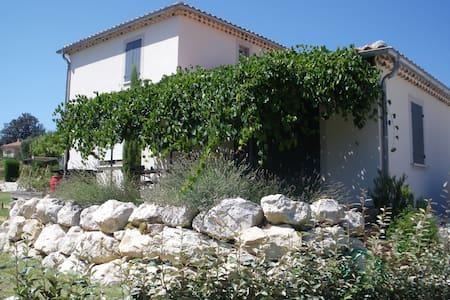 Gîte de Provence au pied du Ventoux - Caromb - Talo