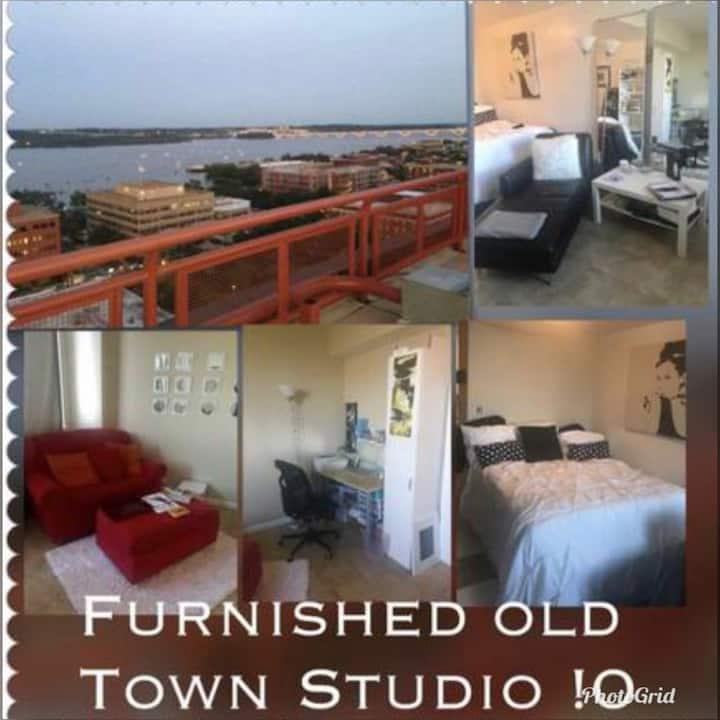 Old Town Alexandria Studio