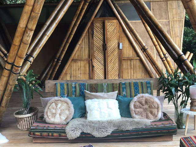 Double Bamboo Suite//2 Double Beds