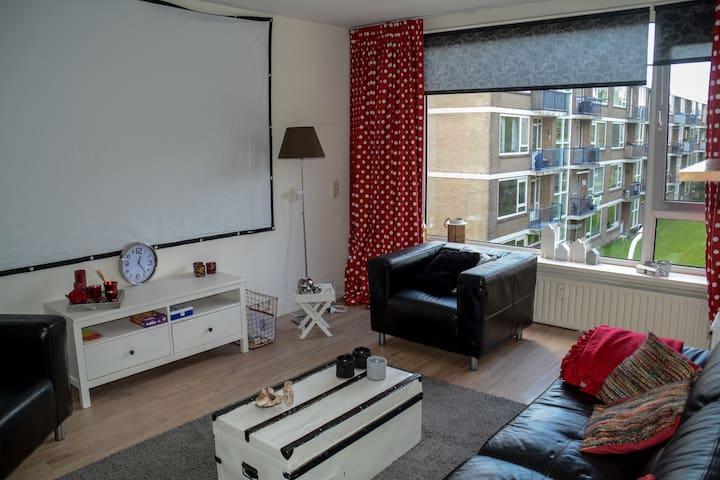 Ruim, licht en eenvoudig appartement