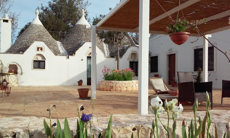 Casa Surya - trulli vacanza natura - 奧斯圖尼 - 別墅