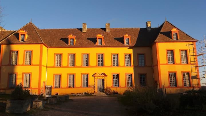 "Château Sainte Colombe ""ODETTE""  6 pers."