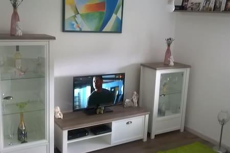 Klein aber Fein / Appartement très chic - Lejlighed
