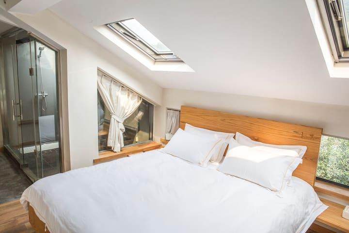 [三支民宿]西湖边天窗宁静星空大床房