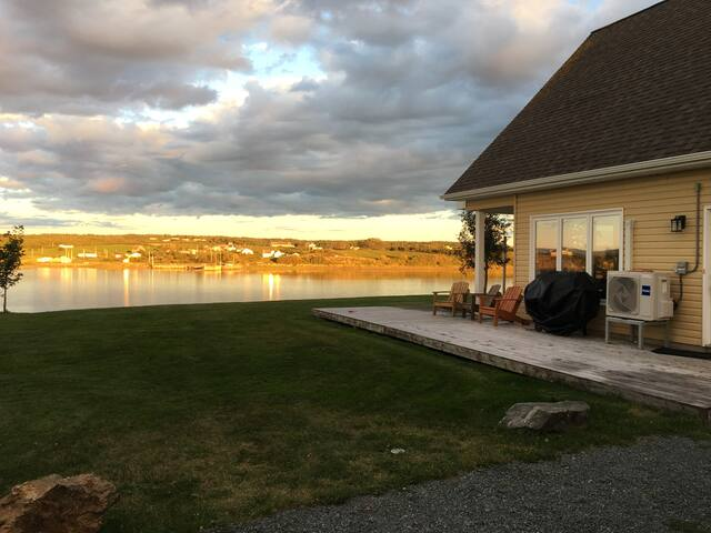 3 bedroom house! Antigonish County Oceanfront