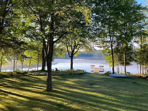 Serene Lakefront Getaway, Kefi Woods - Main House