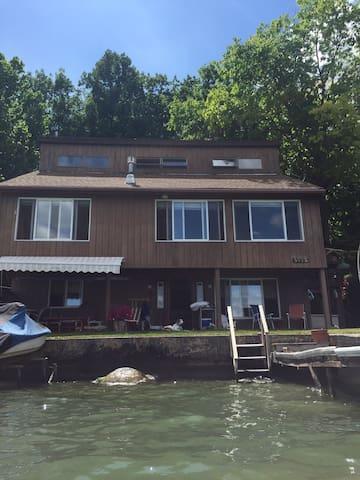 Conesus Lake NY spectacular Lakehouse