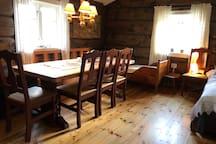 Bo i Uppistuggu, koselig hytte i Heidal ved Sjoa