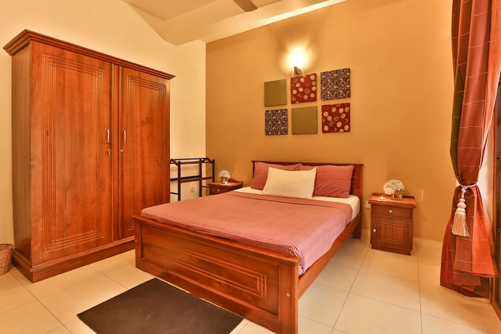 Comfort Double with private external bathroom