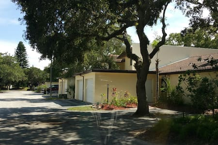 Winter Vacation Home on the Space Coast - Cape Canaveral