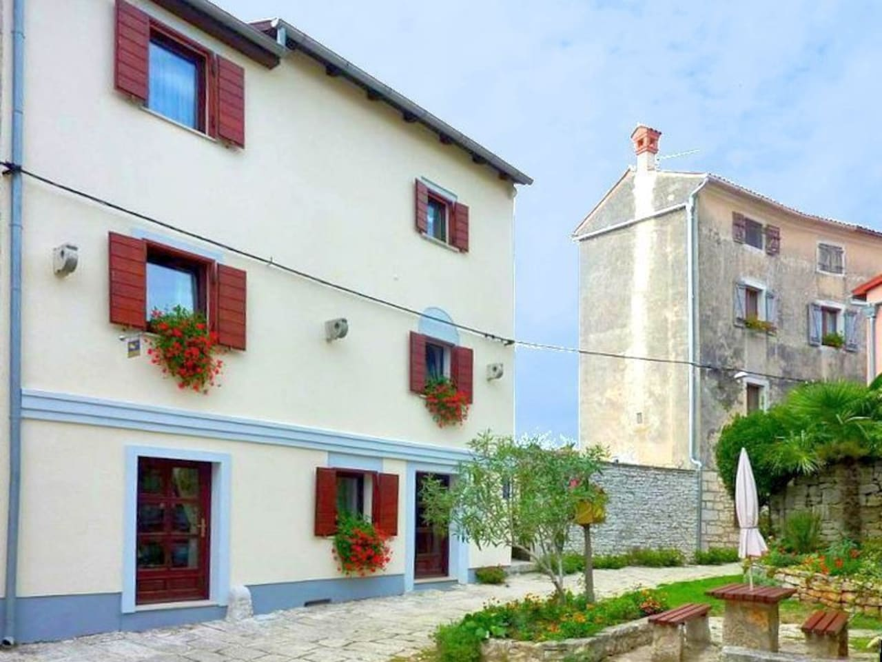Haus Castel (Wohnung in der 1. Etage)