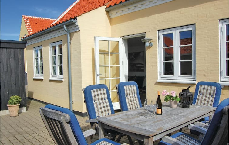 Semi-Detached with 3 bedrooms on 132m² in Skagen