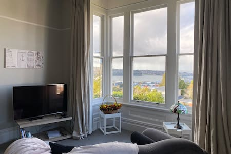 Villa suite with harbour view