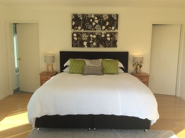 Luxurious Space in Springlands, Blenheim