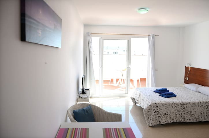 Big apartaments for two with pool
