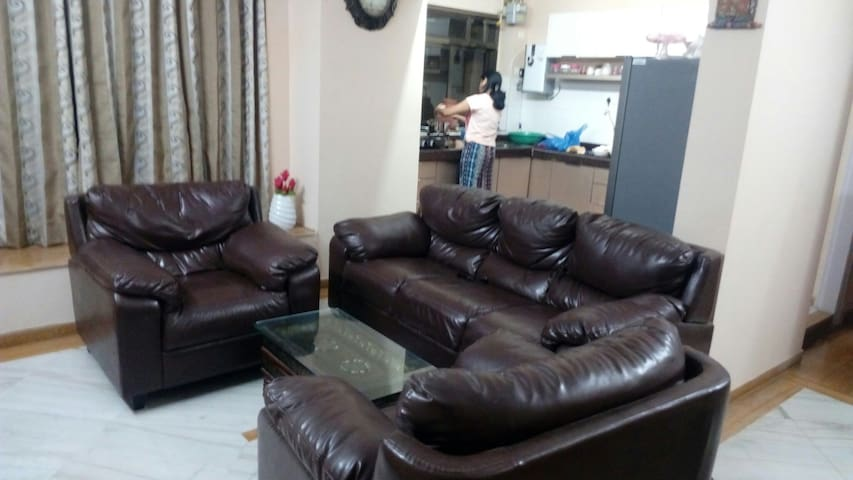 Ensuite room in Manpada,Thane - Thane - Apartamento