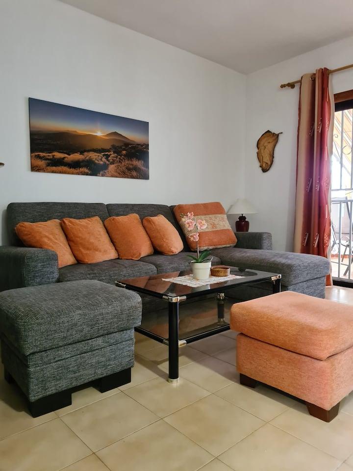 Coqueto apartamento, sol, piscina y wifi