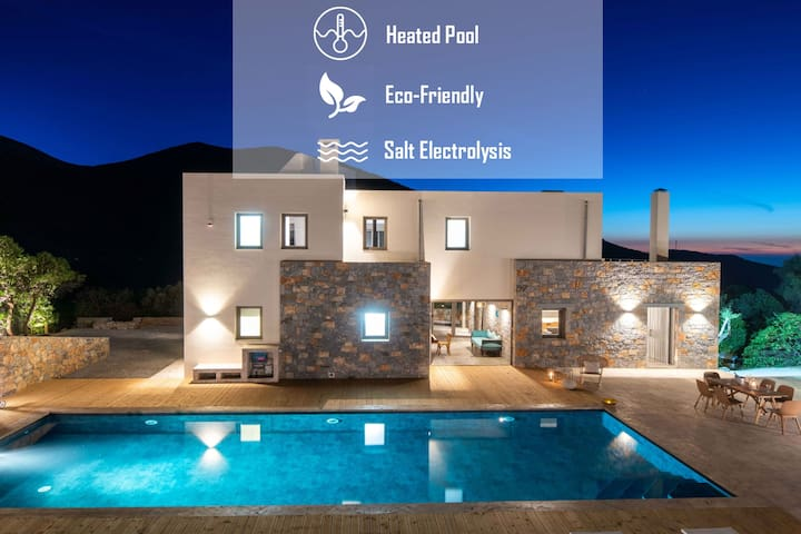 Villa Adagio 5 Bedroom / eco-friendly heated pool