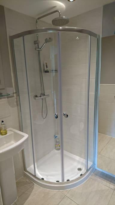 En suite shower.