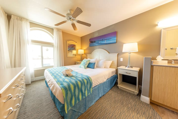 Steps Away from Doheny Beach - 1 BR Condo