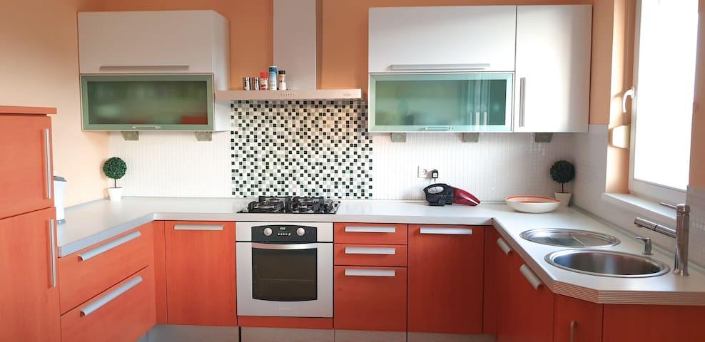 Bright, 70m2 apartment | FREE GARAGE parking