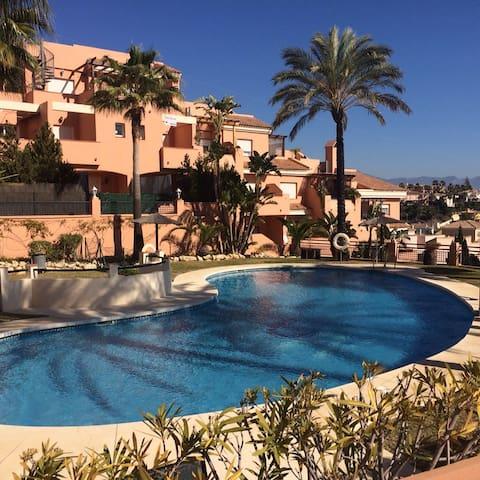 Marbella,Bel appartement vue mer