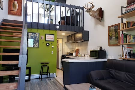 Downtown Mountain Modern Loft