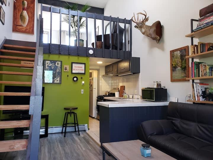 Downtown Mountain Modern Loft