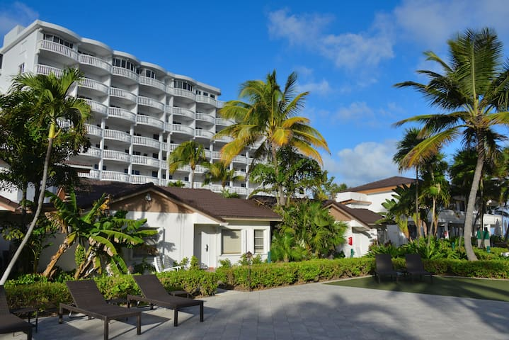 Private 1 Bedrm Villa for 4 @ Beachcomber Resort - Pompano Beach - Villa