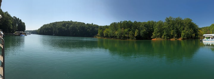 Lake Keowee, SC Vacation Home, up to 14 guests!
