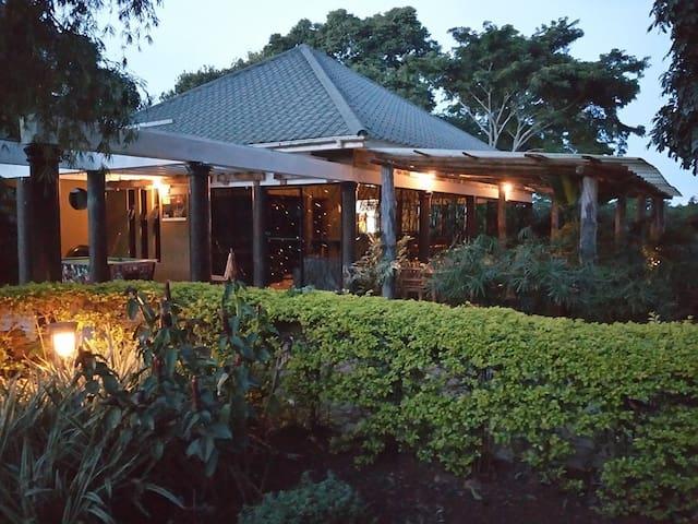 Kaz garden cottages Entebbe