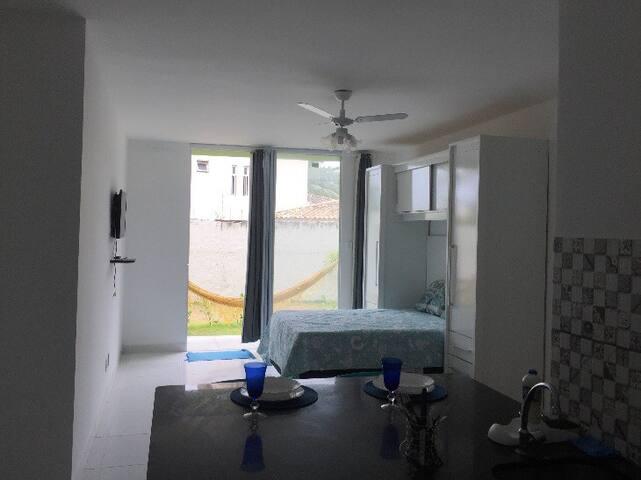 Apartamento 02 com Ar completo em Vilas