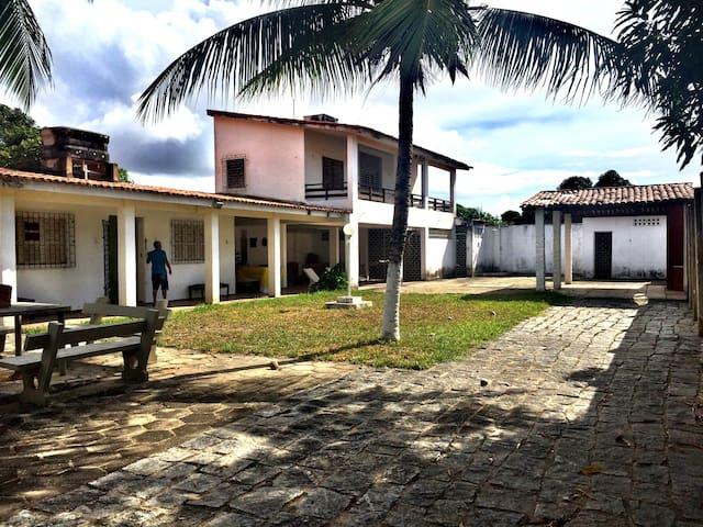Casa em Tabuba a 50m do mar! - Barra de Santo Antônio