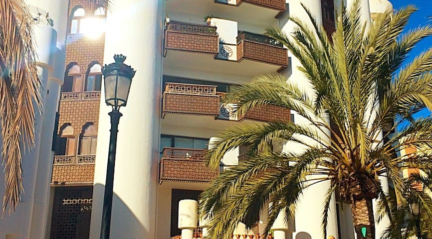 Apartment by the beach in central Santa Eulalia