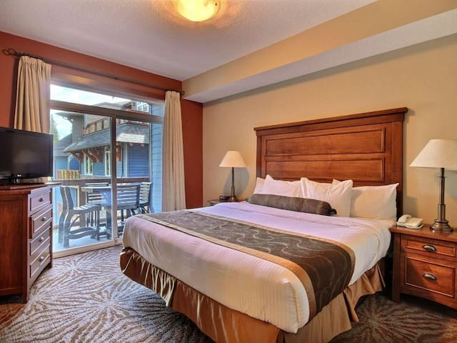 Enjoy the king size bed!