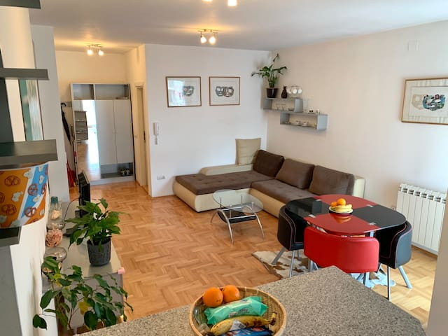 53m2 3rd flor apartment