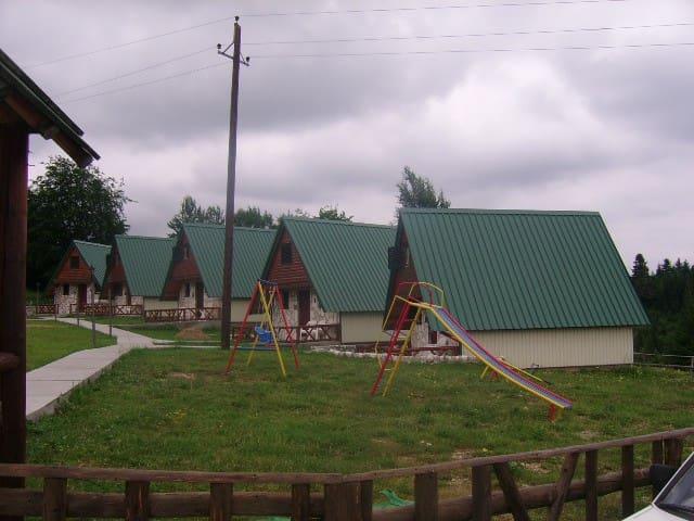 Durmitorski bungalovi 1