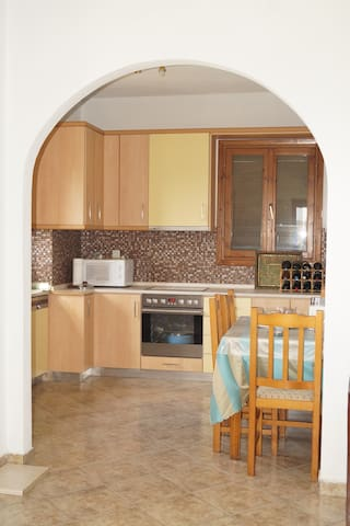 FULLY EQUIPPED APARTMENT WITH VIEW - Agios Nikolaos - Casa