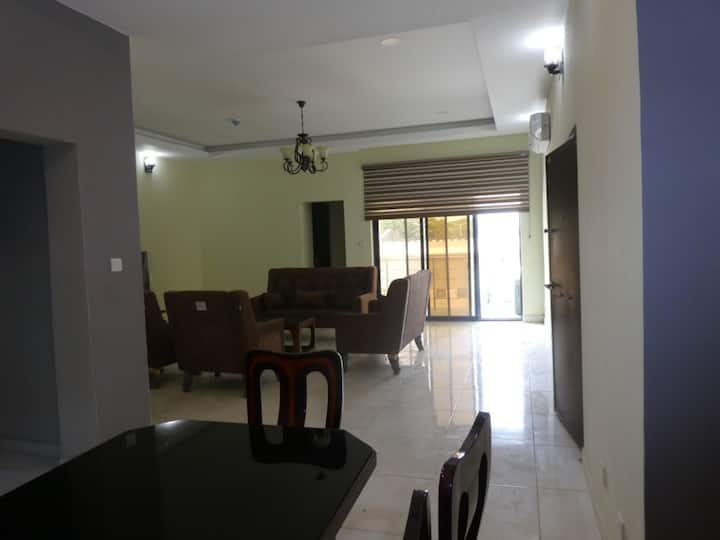 Lake View Serviced 3 Bedroom Apartment with Lift