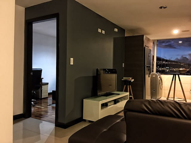 Modern Suite in North Central Quito