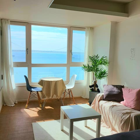 ☆ New listing ☆ # Guangánli # 10 seconds walk from the beach # Guangán Bridge View # Beautiful Restaurant * # Busan Accommodation