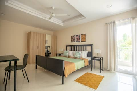 POP HAUS - Newly Furnished 3BHK Apartment