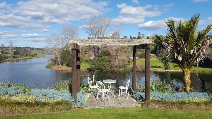 River Gardens Glamping Cabin