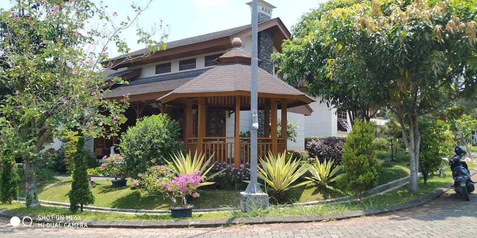 Villa keluarga ,kotabunga