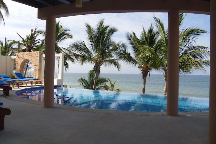 Condo one bedroom, close to the sea, ground floor. - Bucerías - Apartamento