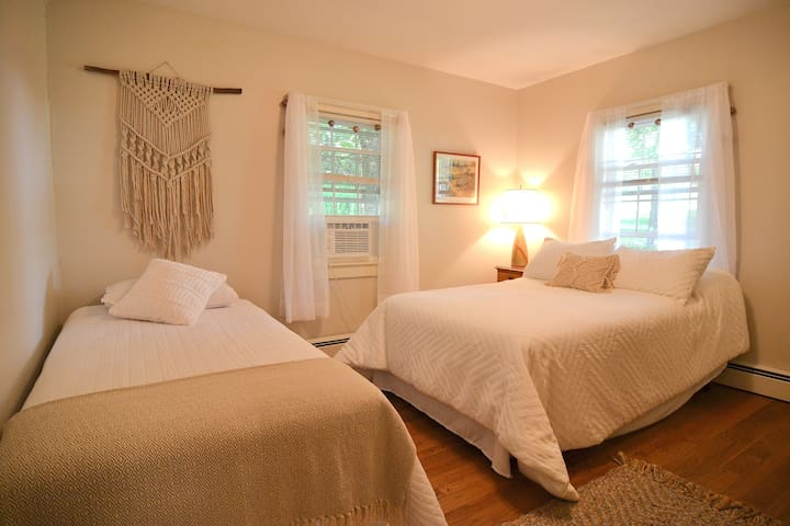 Bedroom with twin & full sized beds - A/C installed in summer months.