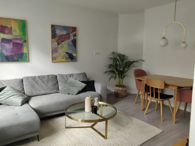Westerpark apartment with garden