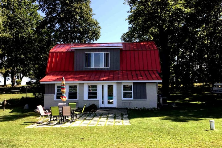 The Red Roof Cottage
